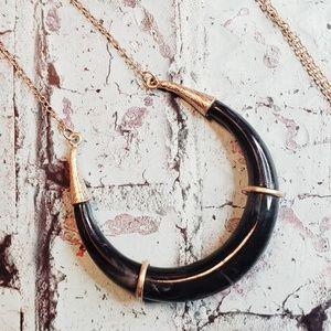Jewelry - Horn style viking/ native/ boho goldtone necklace